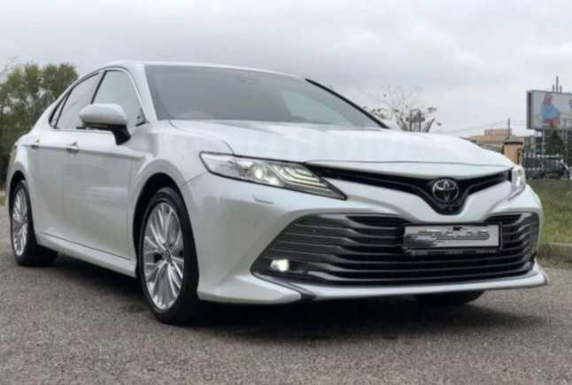 Toyota Camry, 2018 год, 2 080 000 руб.