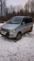 Toyota Town Ace Noah, 1997 год, 340 000 руб.