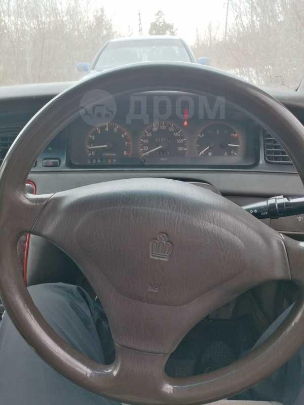 Toyota Crown, 1992 год, 140 000 руб.