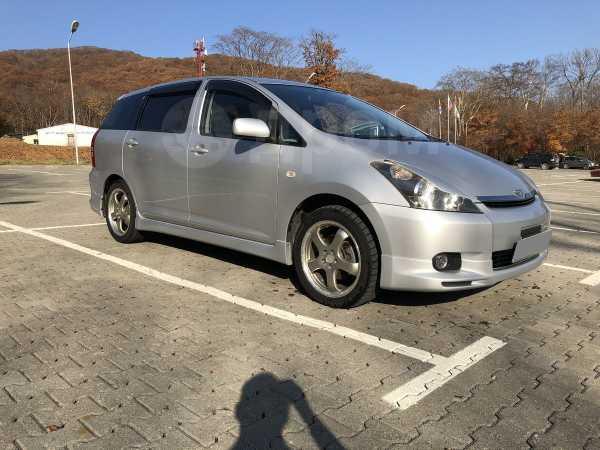 Toyota Wish, 2003 год, 525 000 руб.