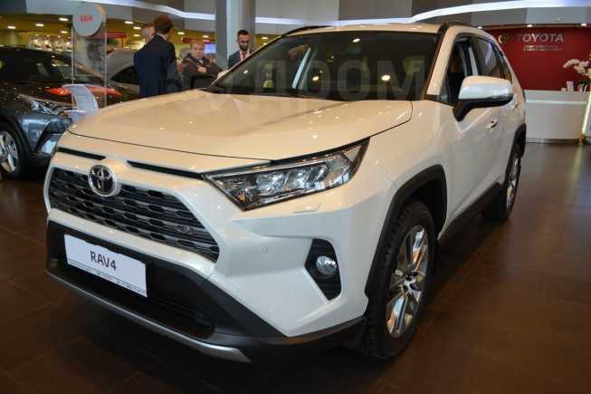 Toyota RAV4, 2019 год, 2 289 000 руб.