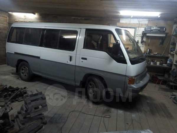 Nissan Urvan, 1989 год, 140 000 руб.