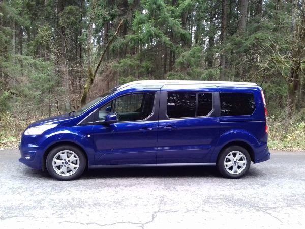 Ford Tourneo Connect, 2015 год, 1 125 000 руб.