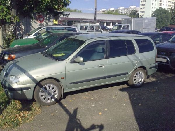 Renault Megane, 2002 год, 285 000 руб.