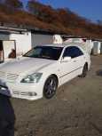 Toyota Crown, 2004 год, 710 000 руб.