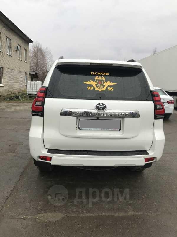 Toyota Land Cruiser Prado, 2017 год, 2 980 000 руб.