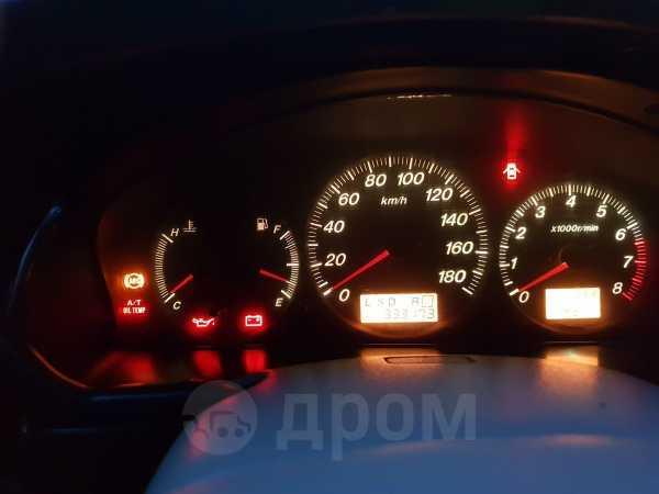 Mazda MPV, 2001 год, 290 000 руб.