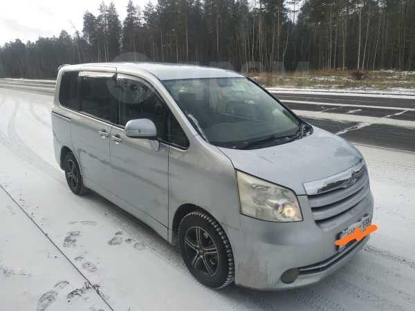 Toyota Noah, 2008 год, 500 000 руб.