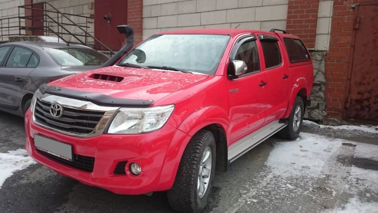 Toyota Hilux Pick Up, 2014 год, 1 750 000 руб.