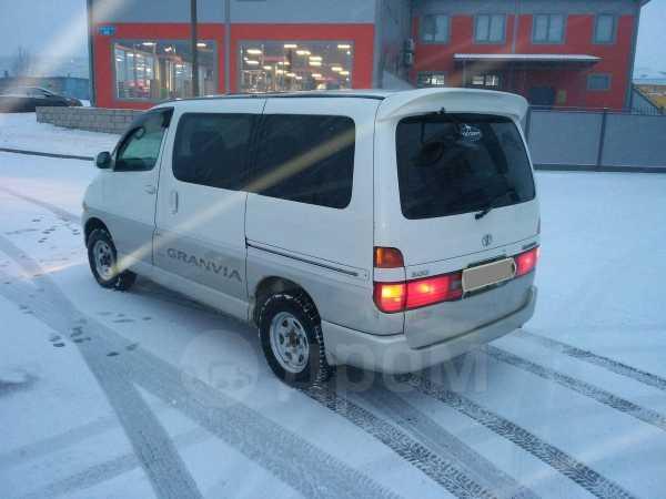 Toyota Granvia, 1998 год, 400 000 руб.
