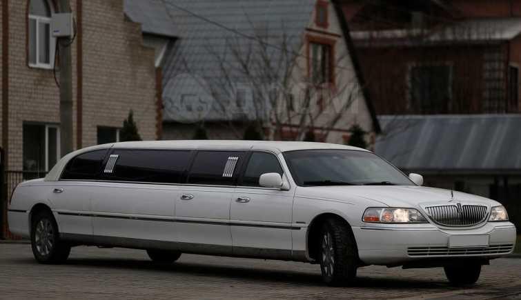 Lincoln Town Car, 2004 год, 530 000 руб.