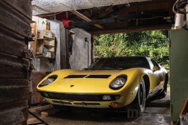 Хранившаяся в немецком сарае Lamborghini Miura продана за $1,6 млн