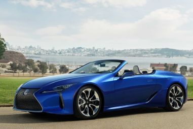 В солнечном Лос-Анджелесе показали кабриолет Lexus LC500