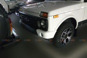 Появились первые фото экстерьера обновленной Lada 4x4