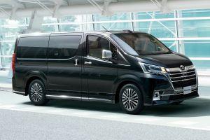 Toyota представила новую модель Granace в Японии