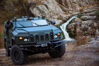 Украинцы выпустят гражданский внедорожник с 6,7-литровым V8