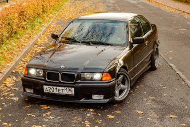 BMW третьей серии E36. Резкая-дерзкая