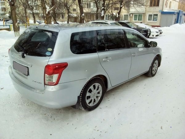Toyota Corolla Fielder, 2010 год, 510 000 руб.