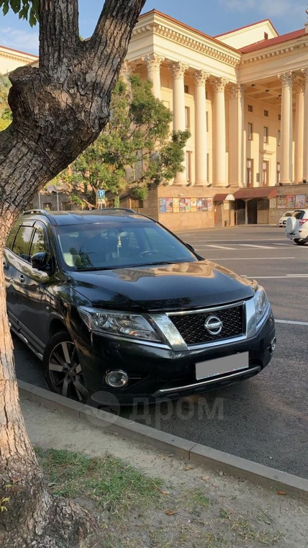 Nissan Pathfinder, 2014 год, 1 399 999 руб.