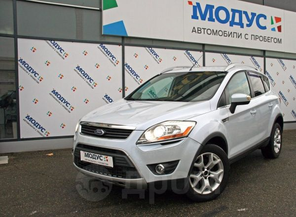 Ford Kuga, 2010 год, 679 000 руб.