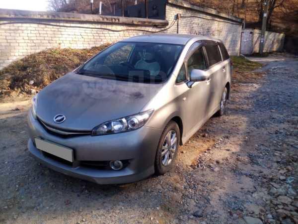 Toyota Wish, 2011 год, 670 000 руб.
