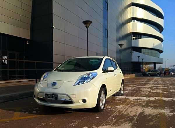 Nissan Leaf, 2012 год, 496 000 руб.