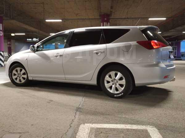 Toyota Caldina, 2004 год, 435 000 руб.