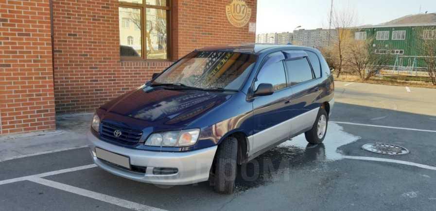 Toyota Ipsum, 1997 год, 329 000 руб.