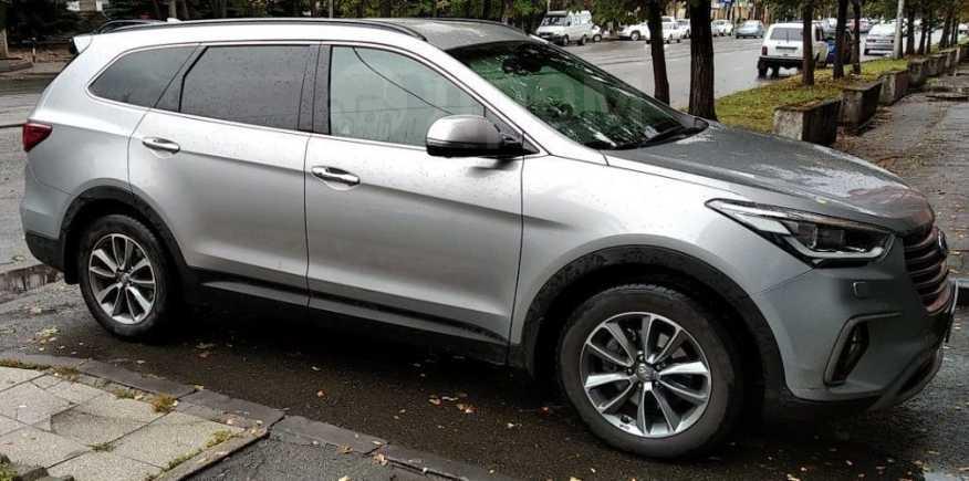 Hyundai Grand Santa Fe, 2017 год, 2 100 000 руб.