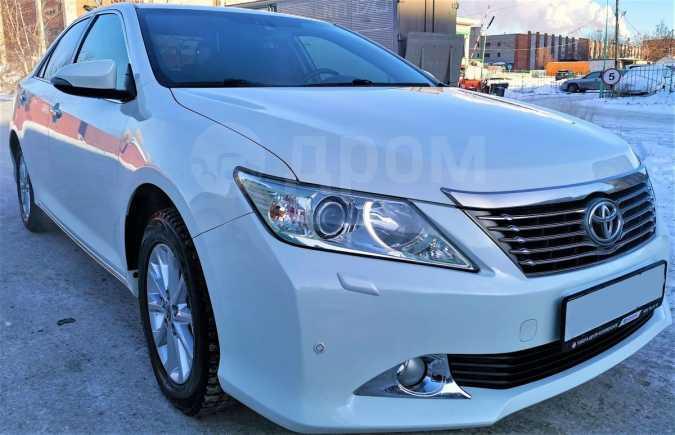 Toyota Camry, 2011 год, 995 000 руб.