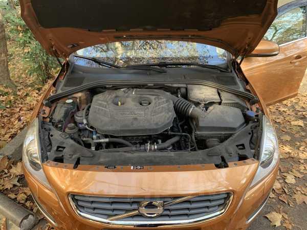 Volvo S60, 2010 год, 670 000 руб.