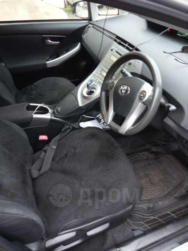 Toyota Prius, 2012 год, 750 000 руб.