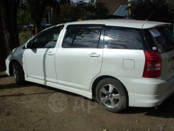 Toyota Wish, 2004 год, 260 000 руб.