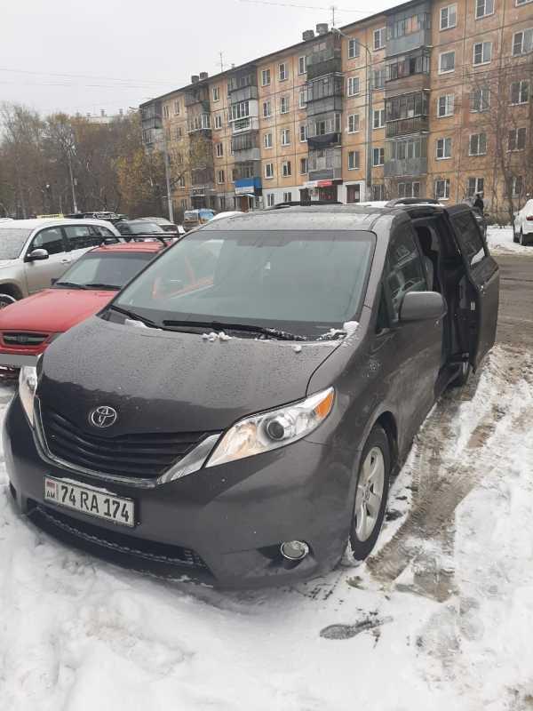 Toyota Sienna, 2015 год, 1 450 000 руб.