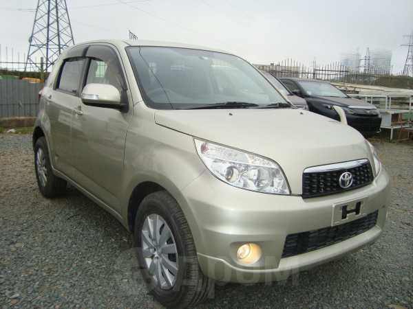 Toyota Rush, 2012 год, 945 000 руб.