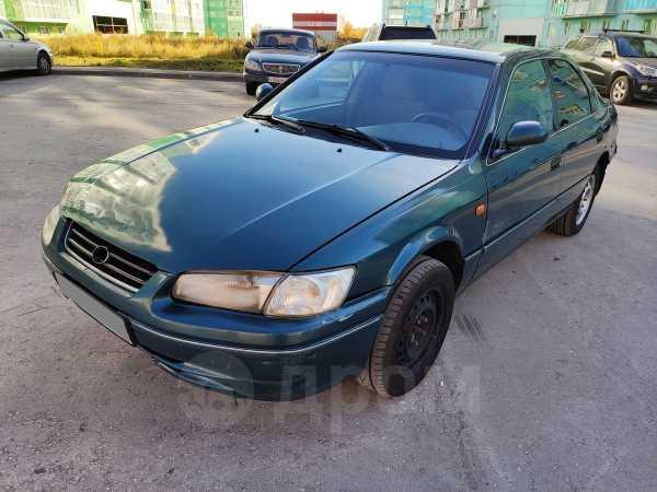 Toyota Camry, 1998 год, 180 000 руб.