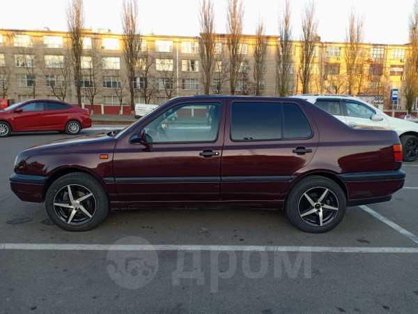 Volkswagen Vento, 1993 год, 135 000 руб.