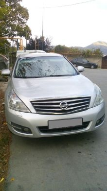 Сочи Nissan Teana 2010