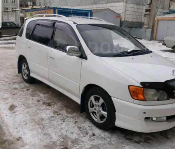 Toyota Ipsum, 1998 год, 420 000 руб.