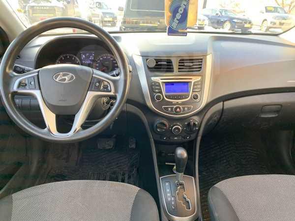 Hyundai Solaris, 2013 год, 489 000 руб.