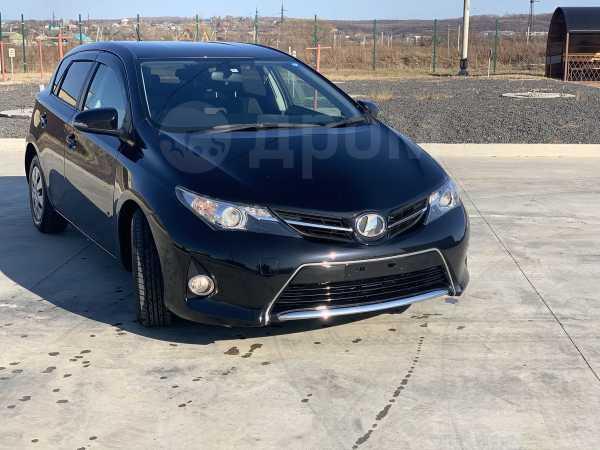 Toyota Auris, 2014 год, 670 000 руб.