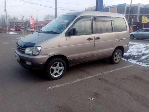 Toyota Town Ace Noah, 1996 год, 385 000 руб.