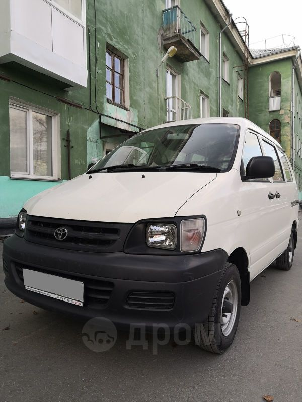 Toyota Town Ace, 2004 год, 370 000 руб.