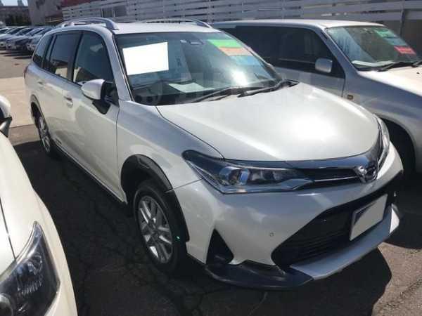 Toyota Corolla Fielder, 2017 год, 590 000 руб.