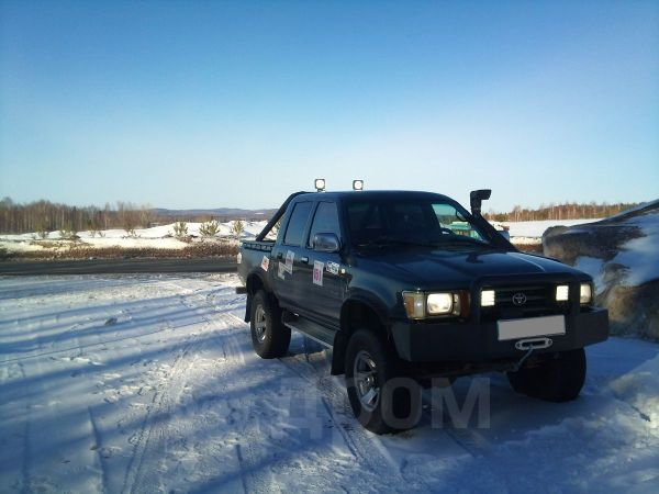 Toyota Hilux Pick Up, 1992 год, 300 000 руб.