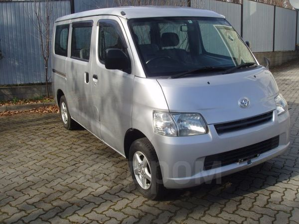 Toyota Town Ace, 2013 год, 655 000 руб.
