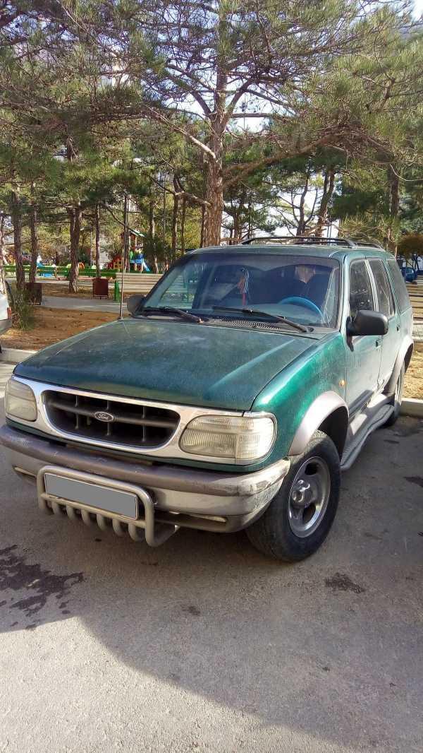 Ford Explorer, 1996 год, 220 000 руб.