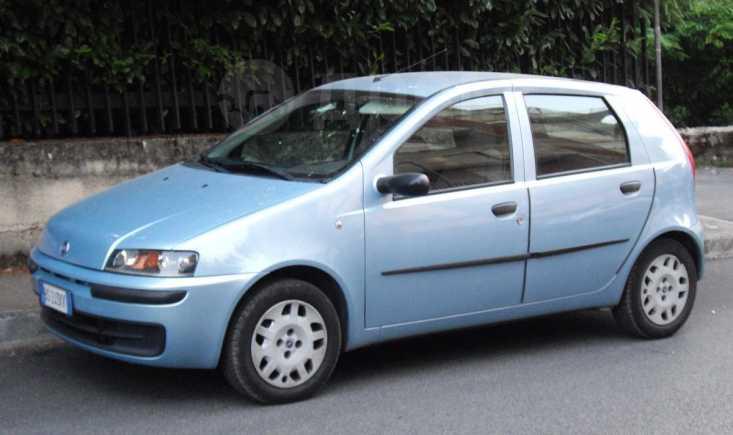 Fiat Punto, 2003 год, 75 000 руб.