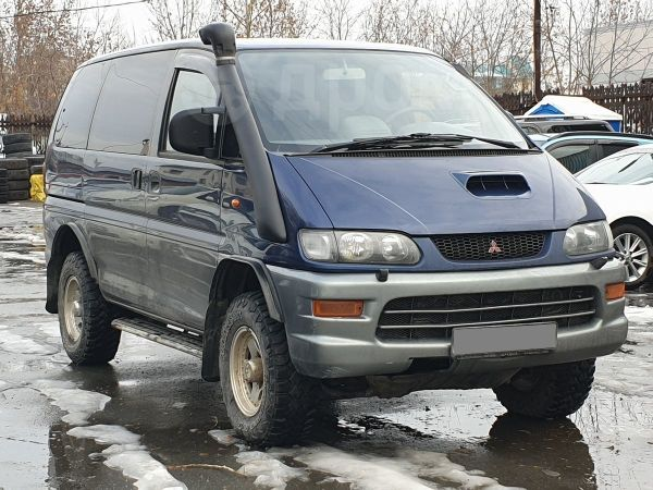 Mitsubishi Space Gear, 2000 год, 580 001 руб.