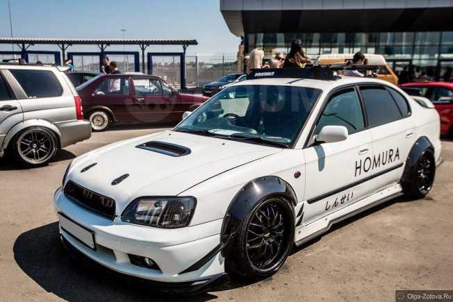 Subaru Legacy B4, 2000 год, 250 000 руб.